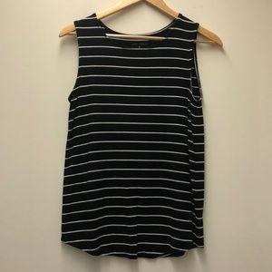 💥 3/$15 deal! 💥 Black & white striped tank